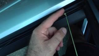 Снимаем уплотнитель стекла на Приоре (бархотка)(, 2013-06-15T17:08:51.000Z)