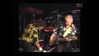 1990.09.09 リードギター:ジェリー・マギー リズムギター:ドン・ウィ...
