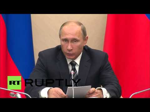 Russia: Putin speaks out as airstrikes on IS positions begin in Syria
