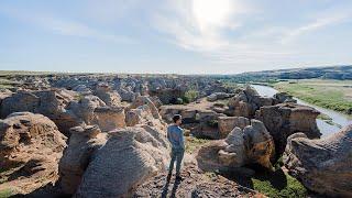 Writing-on-Stone Provincial Park / Áísínai'pi named a UNESCO World Heritage Site | Travel Alberta