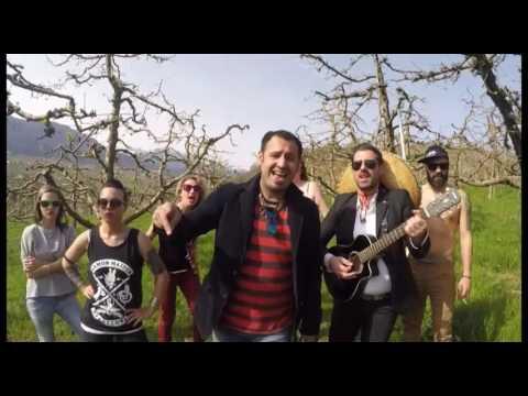 PETA VIA CHEL TRATOR - J-POL feat. IL CILENO (OFFICIAL TAROCCATA)