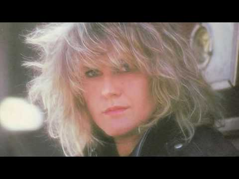 Alison Moyet - Is This Love? (HD)