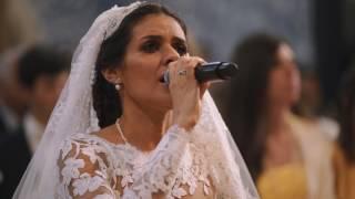 """Cuca Roseta surpreende os seus amigos e convidados, cantando """"Avé M..."""