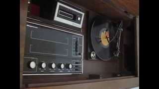 Vintage Magnavox Console Stereo - Turntable Demo