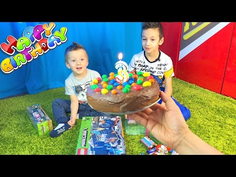 С Днем Рождения, Давид! Как мы отпраздновали День Рождения в Парке развлечений? Что подарили?
