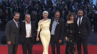 Dakota Johnson, Tilda Swinton, Ralph Fiennes, Elizabeth Banks at