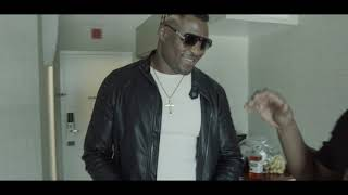 Fight Night St. Louis: Rewind of Francis Ngannou visiting Kamaru Usman at his last fight