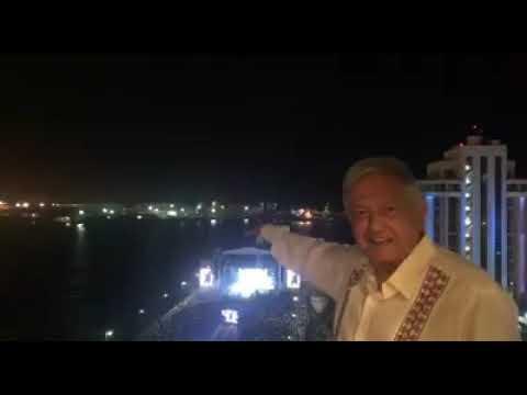 El presidente Más decente educado de México Dios los bendiga siempre que viva AMLO