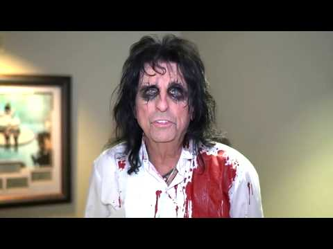 """Alice Cooper wishes Steven Tyler a """"Happy Birthday""""...with knives."""
