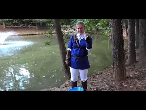 ALS Ice Bucket Challenge with Cosplay as Link from The Legend of Zelda
