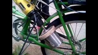 Простой электровелосипед из подручных средств(Электровелосипед своими руками., 2012-08-10T16:53:09.000Z)