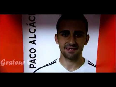 Paco Alcacer - Valencia CF - 2015/2016