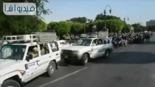 """بالفيديو: محافظ المنيا يستقبل المشاركين في """" رالي تحدى عبور مصر """""""