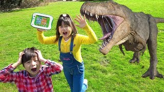 スパイごっこ 小学館の図鑑NEO Pad 逃げた動物、恐竜、昆虫、魚を捕獲せよ! おゆうぎ こうくんねみちゃん thumbnail