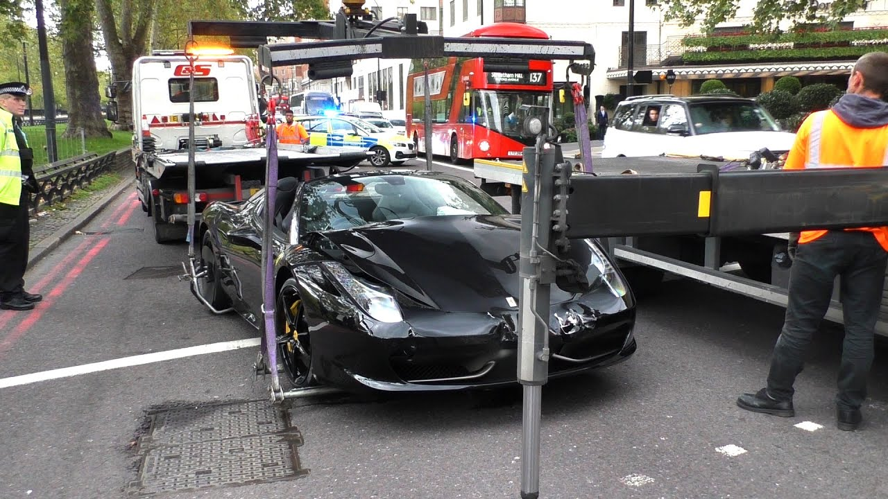 2 FERRARIS CRASHED into each other in Central London!