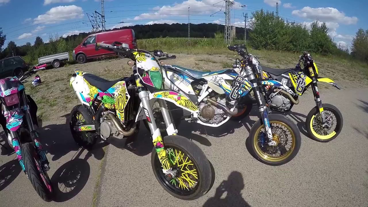 Supermoto Girl Wallpaper Supermoto With Querly One Day Grenzgaenger Wheelie