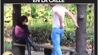 Download Video Besando mujeres maduras en la calle MP3 3GP MP4