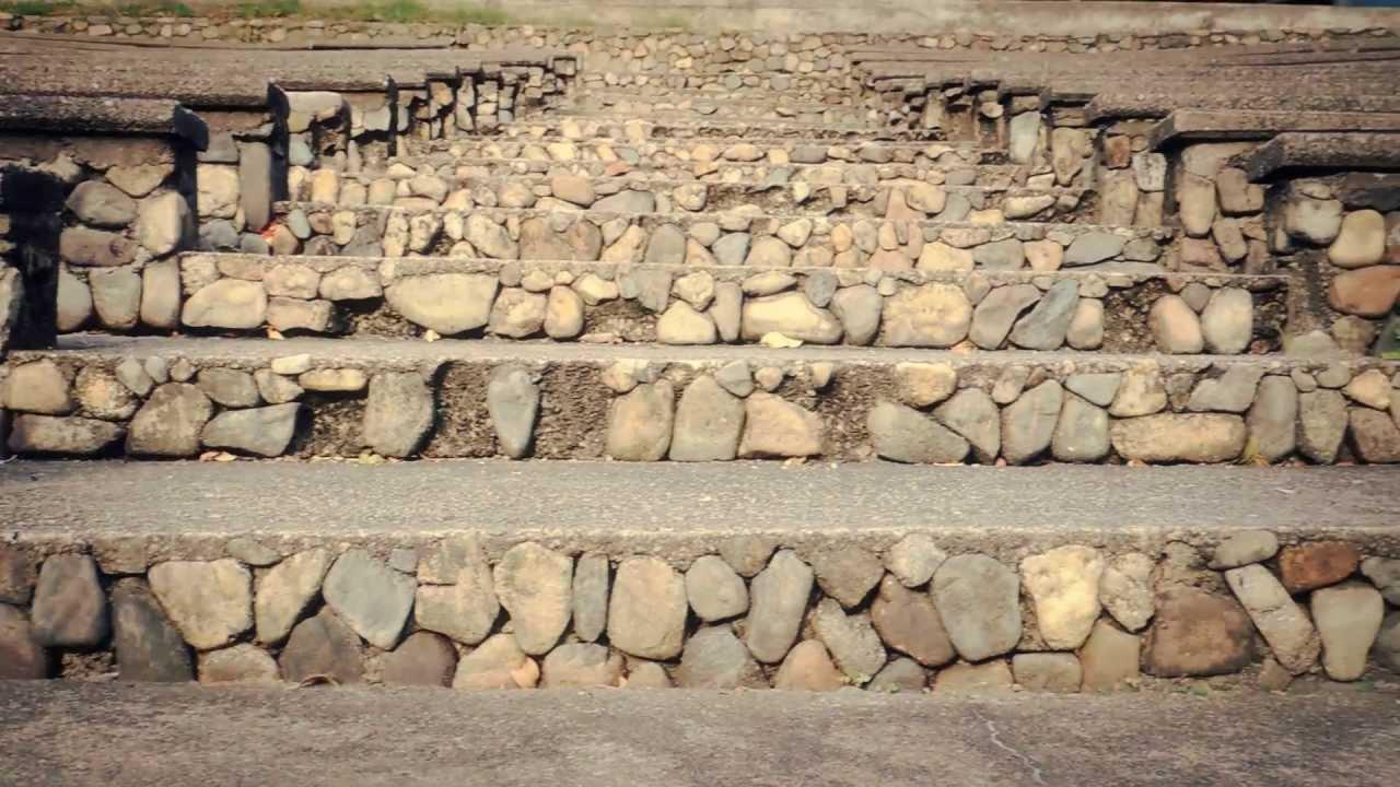 3084 graderias de piedra con escalones paneo efectos for Como hacer gradas
