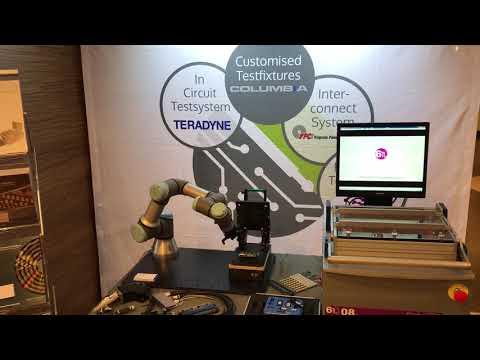 Columbia Elektronik AB together with Universal Robots!