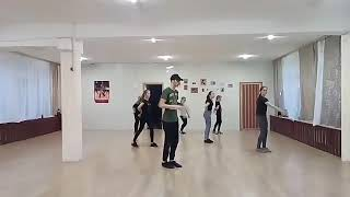 Урок современного танца преподаватель Игнатенко Никита