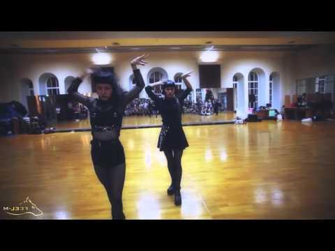 mirror GREEK SALAD Dance Event151  Aya Sato & Bambi Skinny Patrini – You Suck My Face