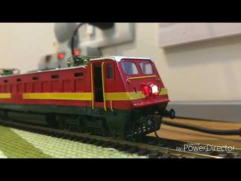 Indian Railways WAP Electric Locomotive by trains4u.in Mumbai