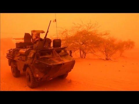 Les soldats maliens découvrent le Nord, sous escorte française