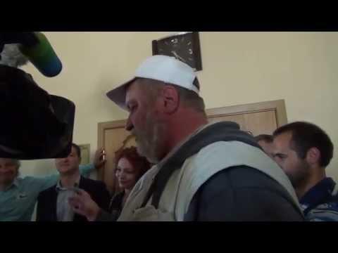 адвокат Антон Матюшенко, экономист Рустам Давлетбаев, фермер Михаил Шляпников колионы