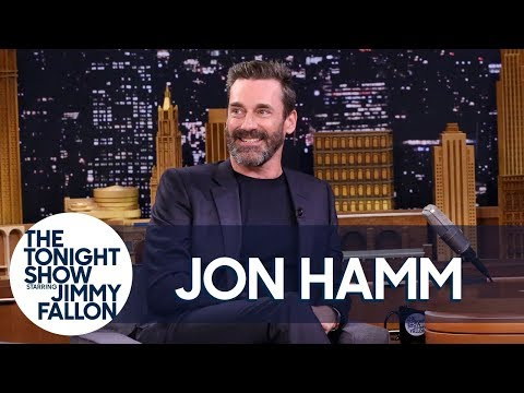 Jon Hamm Does a SpotOn Impression of Ray Romano Playing Golf