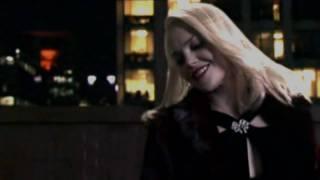 Female Vampires - Vamp Fatale - Chase