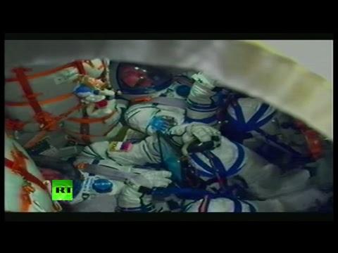 На Байконуре проходит запуск «Союза» с экипажем экспедиции МКС-55/56