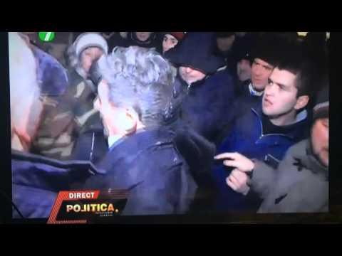 Ghimpu bătut la proteste