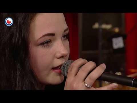 Carinda Pander (Sjong) yn Noardewyn Live Omrop Fryslân