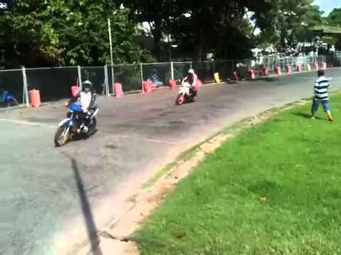 Clip dợt xe ở cuộc đua xe Trà Vinh 2banh.vn