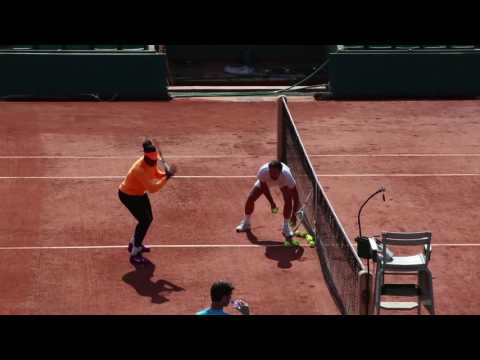 How to hit topspin, lesson by Serena Williams