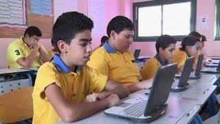 Frustrated Egyptian parents turn to private schools