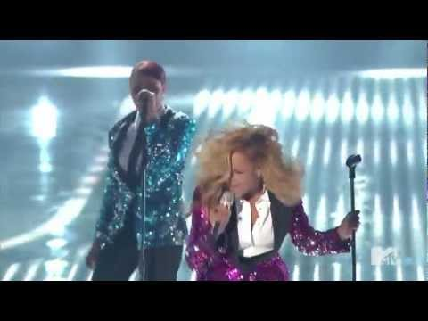 Beyonce- Love on Top mtv live