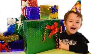 видео Что подарить мальчику на 6 лет