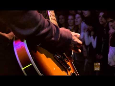 The Vines - Highly Evolved (JTV Live)