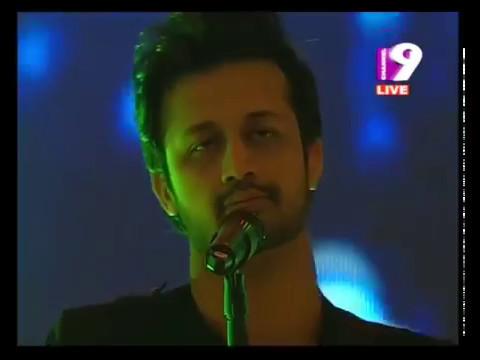 Aadat at BPL 2013 opening - Atif Aslam