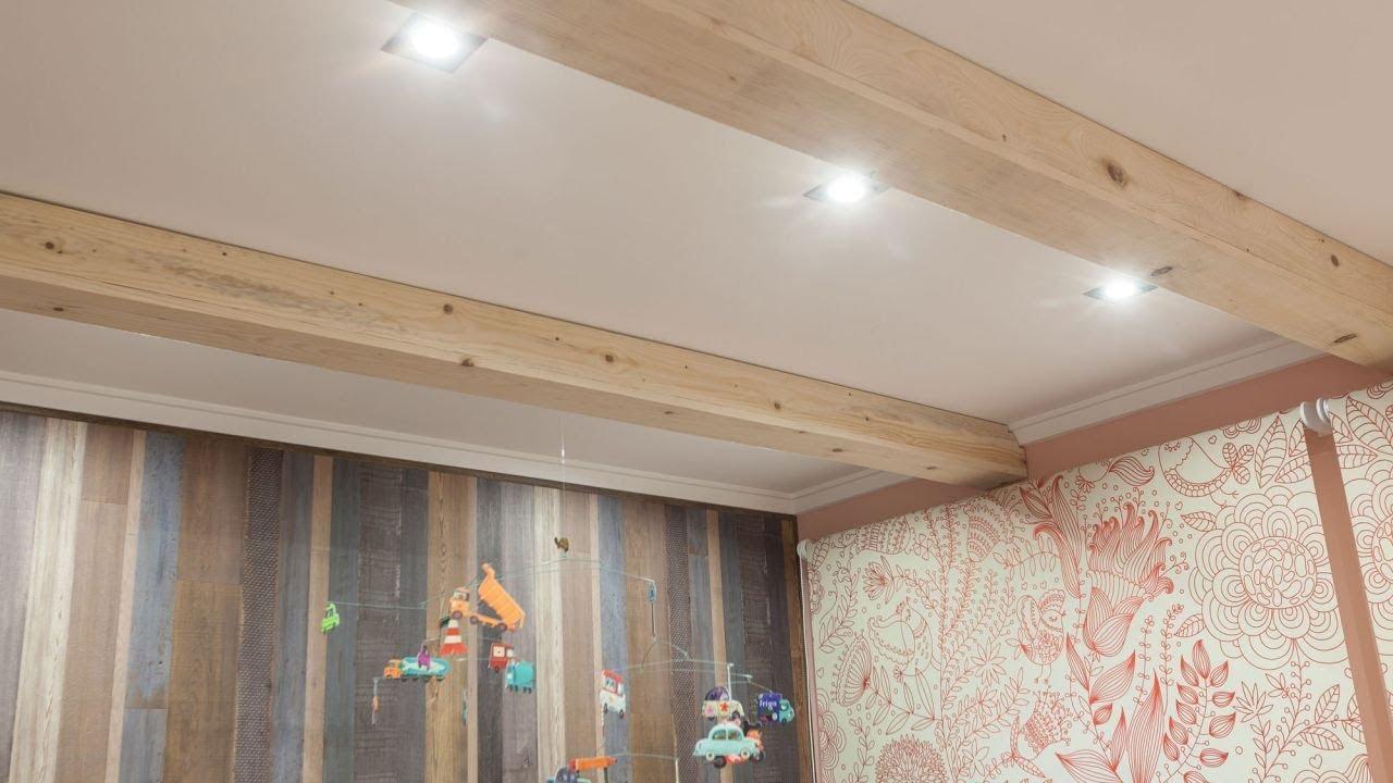 Colocar vigas de madera en el techo de un dormitorio - Vigas falsas de madera ...
