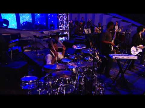 Israel \u0026 New Breed - Jesus At The Center (OFFICIAL PERFORMANCE VIDEO)