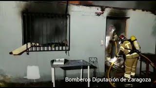 Bomberos sofocan un incendio en Alfajarín
