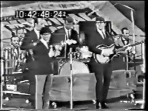 FREDDIE & THE DREAMERS NEW MUSICAL EXPRESS 1964