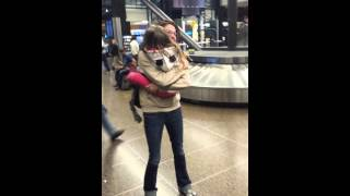 girl surprised by aunt after months of travel
