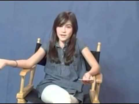 Isabelle Fuhrman answers questions and sing! 2009