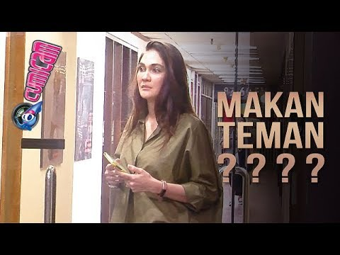 "Tulis Status ""Makan Teman??? Lagi Hits!, Luna Maya Sindir Syahrini? - Cumicam 15 November 2018 Mp3"