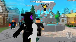 Playing murder mystery x with my friend vvv945 from roblox