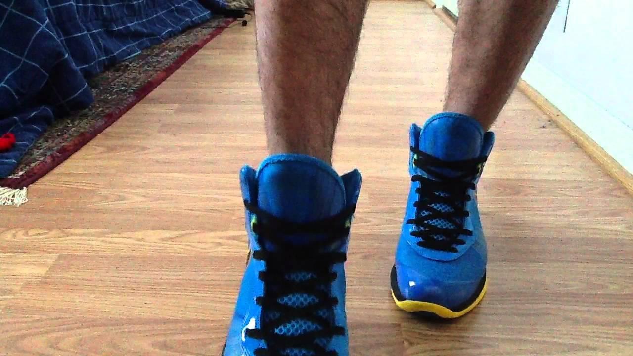 competitive price 77082 3fe63 Nike Lebron 8 V2 Entourage on feet
