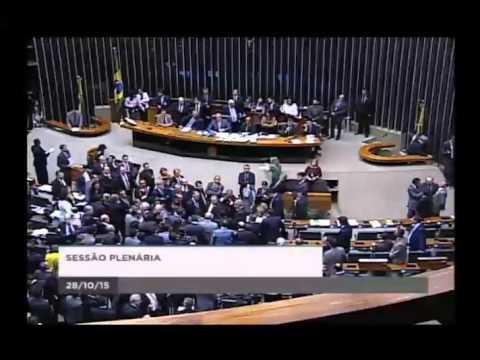 João Rodrigues e Jean Wyllys batem boca na Câmara